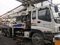 2010年国三绿标37米中联重科泵车,五十铃底盘