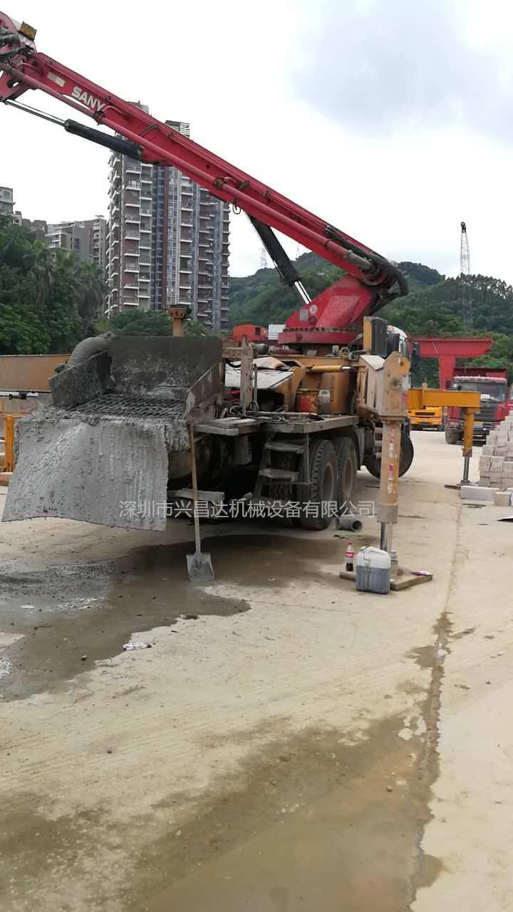 兴昌达2011年底三一重工三桥五十铃46米混凝土泵车